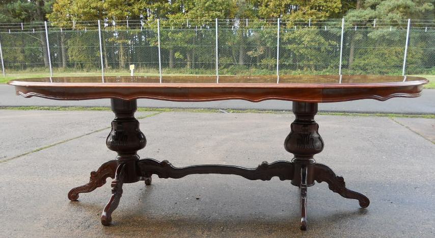 Large Oval Inlaid Walnut Victorian Style Pedestal Dining  : large oval inlaid walnut victorian style pedestal dining table seat eight sold 4 3459 p from www.harrisonantiquefurniture.co.uk size 854 x 469 jpeg 147kB